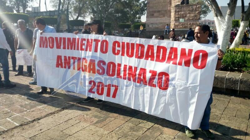 De la misma forma, hacen acto de presencia integrantes de la Unión Nacional de Trabajadores Agrícolas (FOTOS: MARIO REBOLLAR)