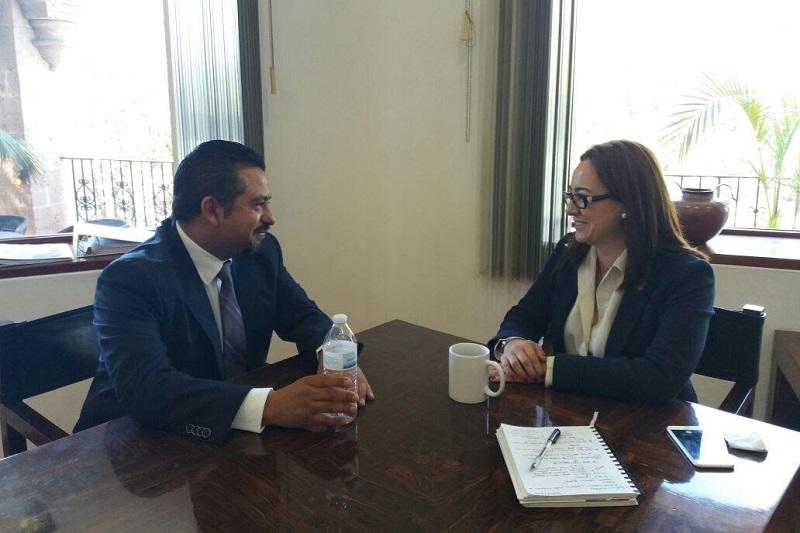 Montañez Espinosa informó que en este inicio del año sostuvo una primera reunión de trabajo con la titular de la Secretaría de Turismo estatal, Claudia Chávez López, para revisar mecanismos conjuntos en materia de Pueblos Mágicos, Caravana de la Ciencia y otros programas