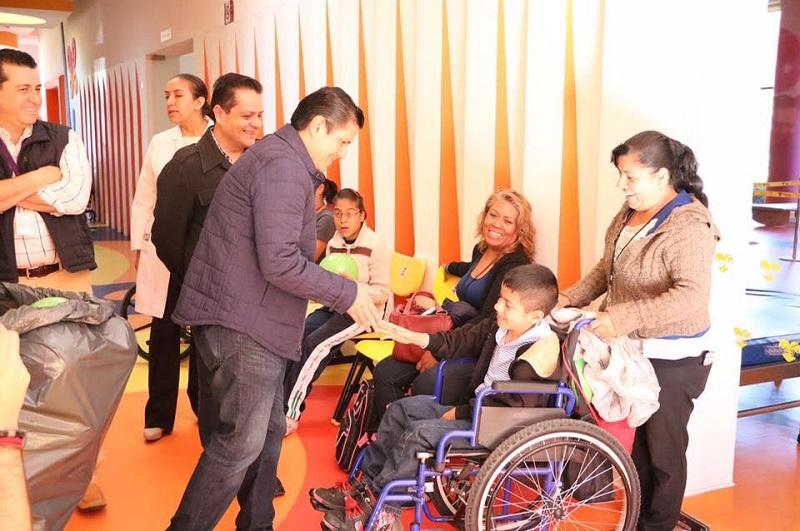 Núñez Aguilar felicitó una vez más al personal reconociendo que realiza un trabajo excepcional con los niños