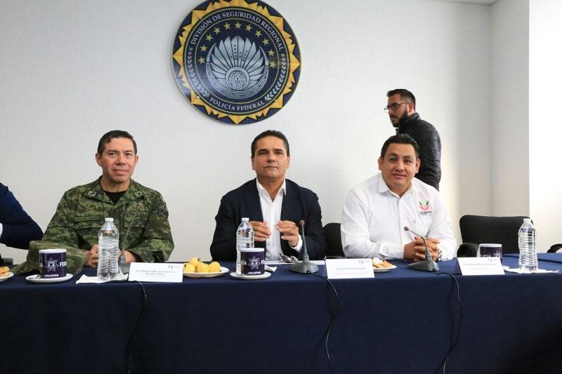 Vigilaremos cada uno de los avances que en materia de seguridad se han dado en Uruapan, expresó Silvano Aureoles