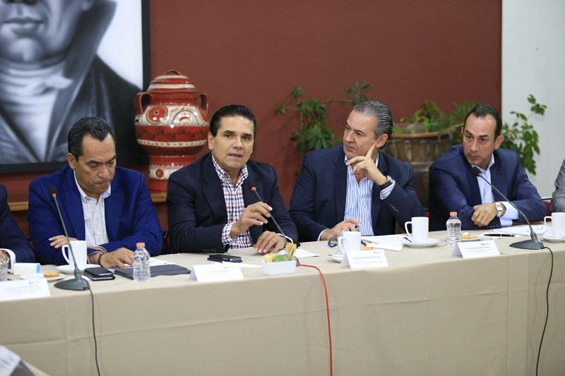 Aureoles Conejo adelantó que con la Zona Económica Especial, Michoacán será destino de importantes inversiones que detonarán el crecimiento no sólo económico, sino en la calidad de vida de las y los michoacanos