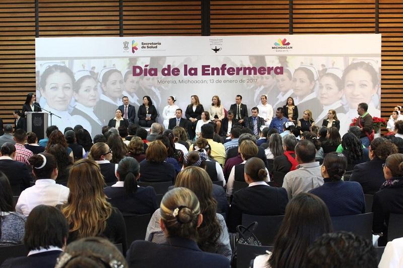 Se requiere equidad salarial y académica para los profesionales de la Enfermería en Michoacán, señaló María de Jesús Ruiz