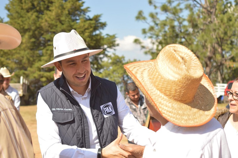Cortés Mendoza destacó que parte de la congruencia de las autoridades en el estado radica en ser solidarios con la ciudadanía, por lo que debe haber medidas sensibles que respondan al trance económico por el que atraviesan las familias michoacanas
