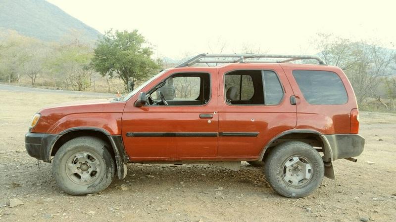 Los presuntos implicados, vehículos, cargadores, droga, armas de fuego y artículos fueron puestos a disposición de la autoridad competente