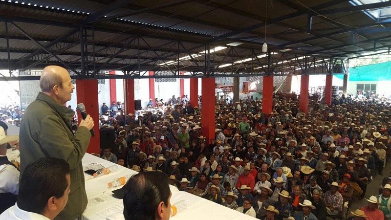 Vallejo Figueroa continúa participando en diversos actos públicos en la ciudad de Morelia (FOTO: CORTESÍA)