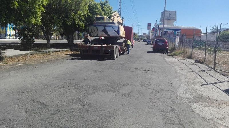 El titular de la SCOP, José Juan Domínguez, explicó que la administración que encabeza el gobernador Silvano Aureoles realiza acciones de infraestructura que brindan prioridad a los peatones, ciclistas y personas con discapacidad