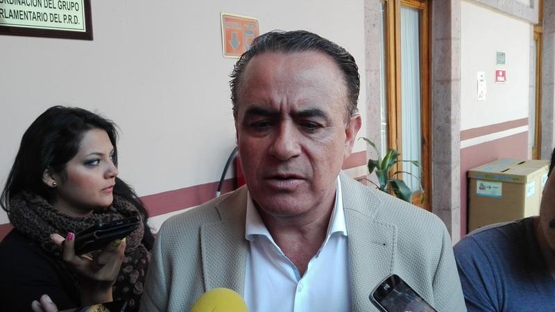 El presidente de la Mesa Directiva del Congreso de Michoacán, Pascual Sigala dijo que se analizará en que otros rubros se pueden realizar ahorros en lo que refiere al Poder Legislativo