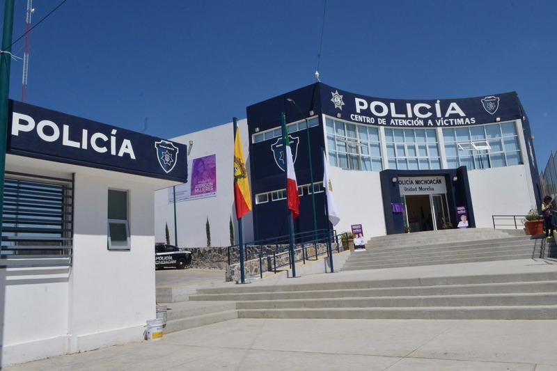 Bernardo León indicó que en aras de dar mayor certeza jurídica y erradicar la discrecionalidad, el área Jurídica de la Comisión Municipal de Seguridad, además de promover dicho ordenamiento, impulsó distintas reformas al Reglamento de Tránsito y Vialidad, instauró el Acuerdo de Creación de la Policía de Morelia y signó un Convenio con la Comisión Estatal Ejecutiva de Atención a Víctimas