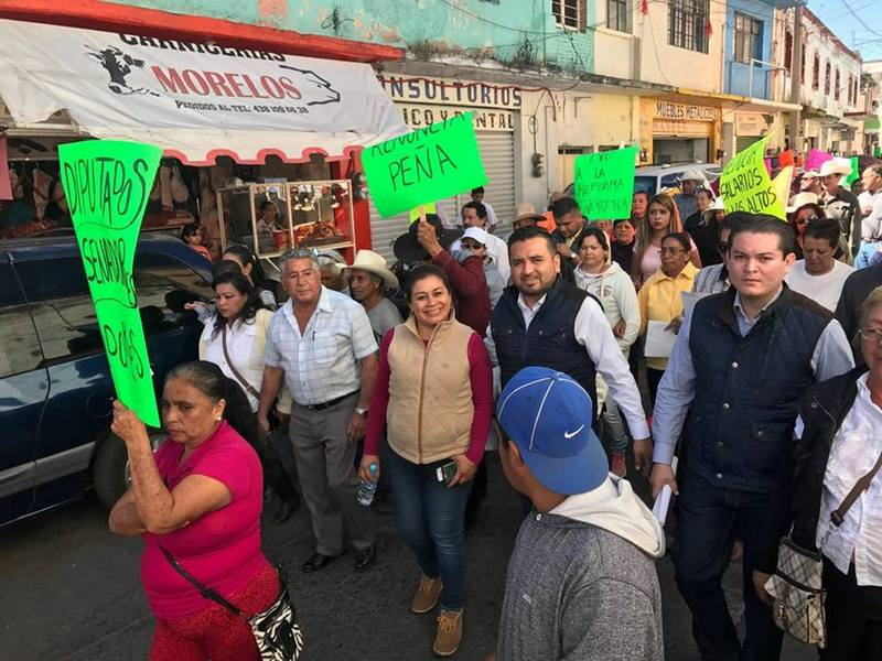 Belinda Iturbide reiteró que seguirá apoyando a la población de manera pacífica en las protestas de rechazo por el gasolinazo