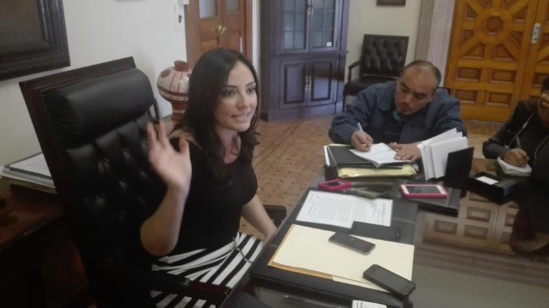 Adriana Hernández aseguró que esto no es culpa de un Gobierno, que viene desde atrás y que la actual administración estatal debe buscar a fondo, aunque sea en su mismo partido