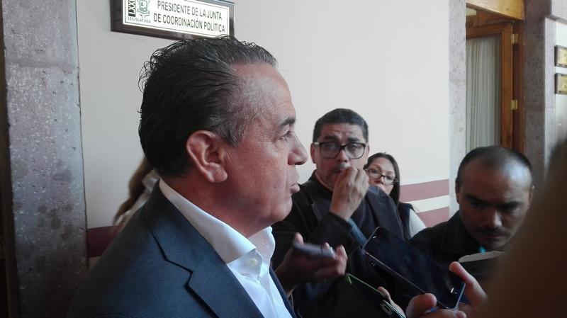 El diputado Pascual Sígala Páez reconoció que la iniciativa no la ha revisado a profundidad