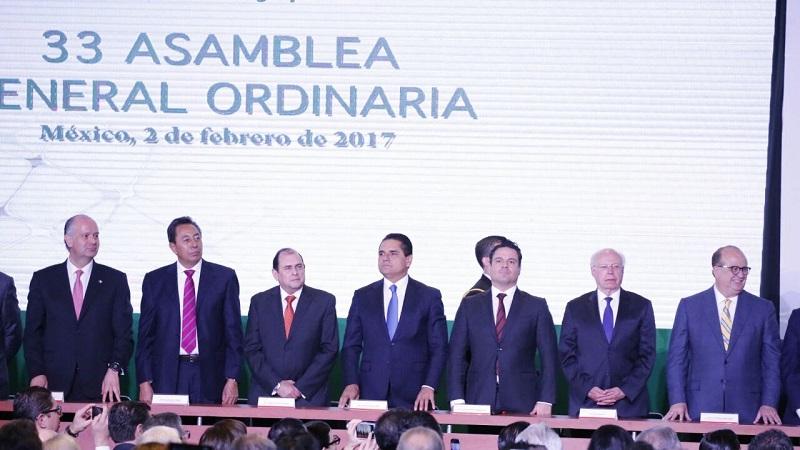 También entregaron el Premio Nacional Agropecuario 2016 a cinco empresas ganadoras