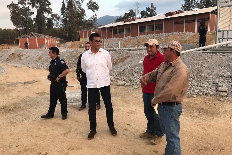 Los otros cuarteles se edifican en Huetamo, Jiquilpan, Coalcomán, Apatzingán, Lázaro Cárdenas, Uruapan, Zamora y La Piedad, así como la rehabilitación de las instalaciones en Morelia