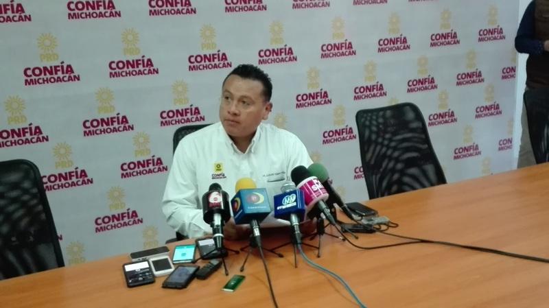 En otros temas Torres Piña mencionó que no ha habido quejas de casos de nepotismo en los municipios gobernados por el PRD