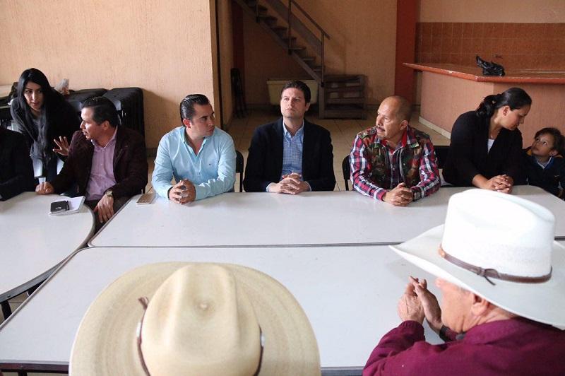 """""""Como ningún otro Gobierno, estamos trabajando para transformar las vialidades de Morelia, gracias al uso eficiente de recursos públicos y el compromiso de ofrecer obras de calidad"""", resaltó Martínez Alcázar"""