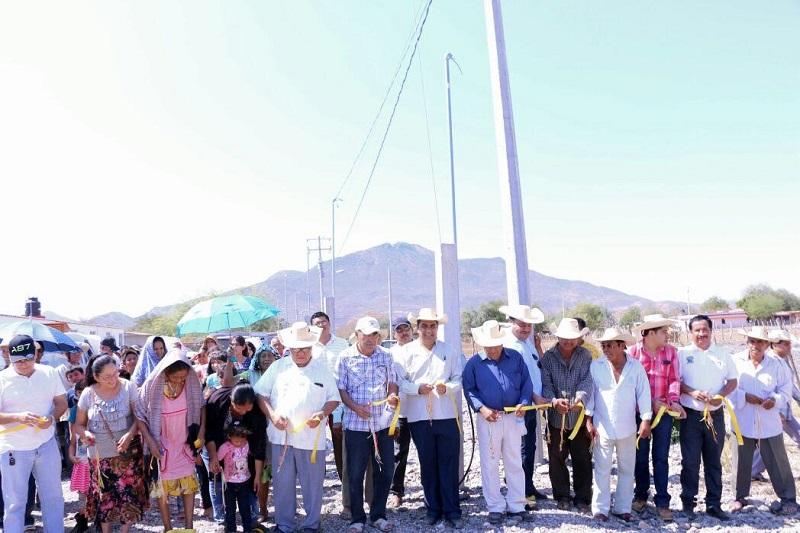 Elías Ibarra se comprometió a seguir trabajando con toda la fuerza tanto él como el personal del ayuntamiento a fin de mejorar los servicios básicos y realizar obras de gran impacto que beneficien a la mayor parte de los ciudadanos