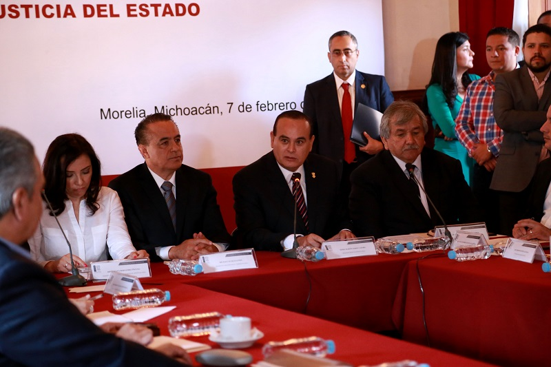 Godoy Castro puntualizó que el trabajo que realiza el Grupo de Coordinación Michoacán ha permitido también abatir el índice de secuestros y extorsiones