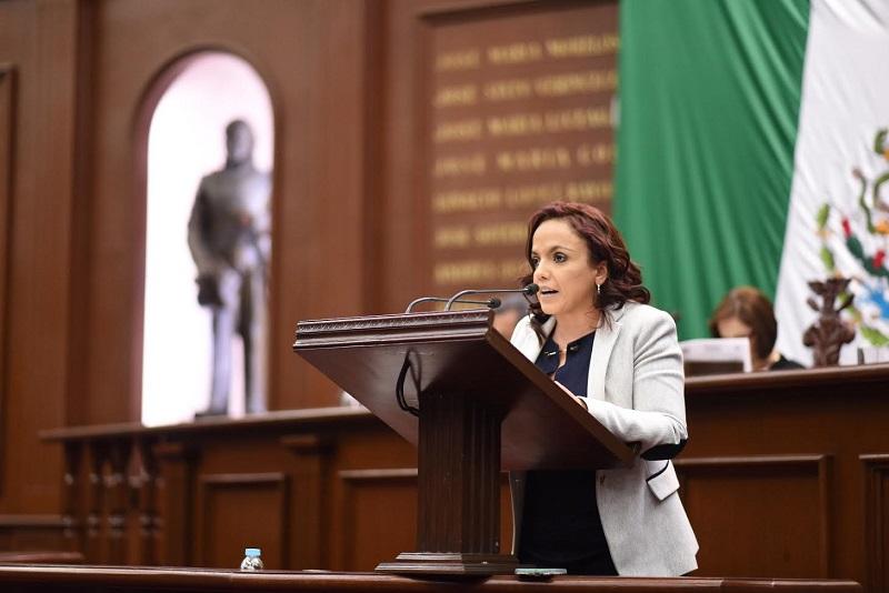 Villanueva Cano aseguró que se debe dar marcha atrás a la política económica de este gobierno que ha sido un completo desastre