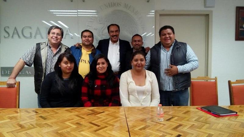 Rodríguez López manifestó que realizar estas jornadas de capacitación refleja el compromiso de la dependencia y los diputados por lograr un Michoacán próspero en el campo