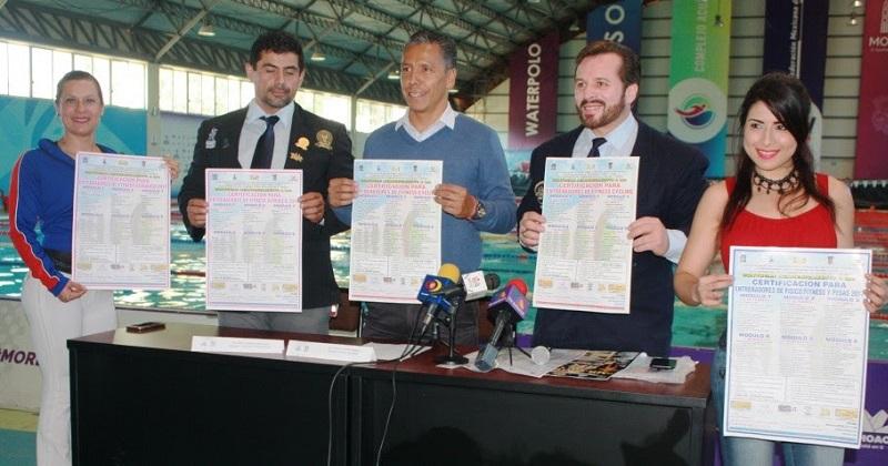 Para el anuncio de las capacitaciones se dieron cita: Gustavo Juárez Bedolla, Director General del IMDE, además de Armando Arroyo, Presidente de la AFFEM, entre otras personas