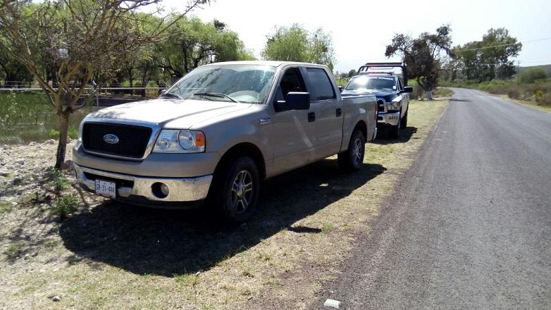 Los presuntos implicados, vehículos, droga, artículos, arma, cartuchos, cargadores y madera se pusieron a disposición de la autoridad competente