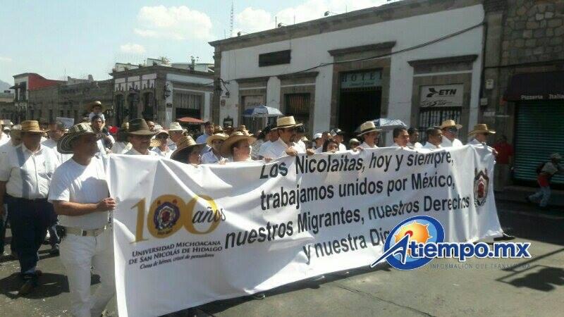 Sólo marcharon poco más de 300 personas y el Morena violó la convocatoria hecha por el Fucidim, porque decenas de sus militantes se infiltraron a la movilización con mantas que contenían el logotipo de ese partido político