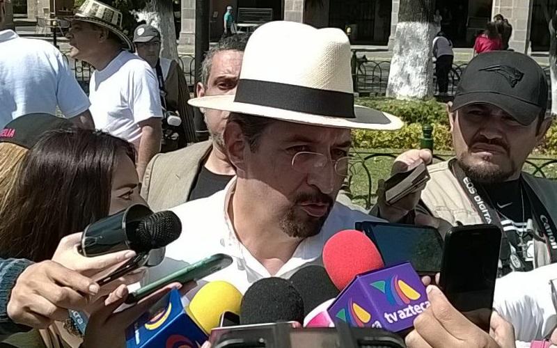 Para Serna González, los mexicanos debemos estar unidos, porque no hay peor germen que aquellos que dividen a la sociedad (FOTO: MARIO REBOLLAR)