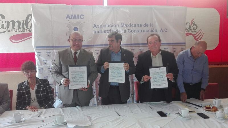 El documento fue firmado por el presidente nacional de AMIC, Francisco Gallo Palmer así como el delegado en Michoacán de dicha asociación, Sergio Valladares Mejía y el delegado en Michoacán de la Secretaría del Trabajo, José Noguez Saldaña