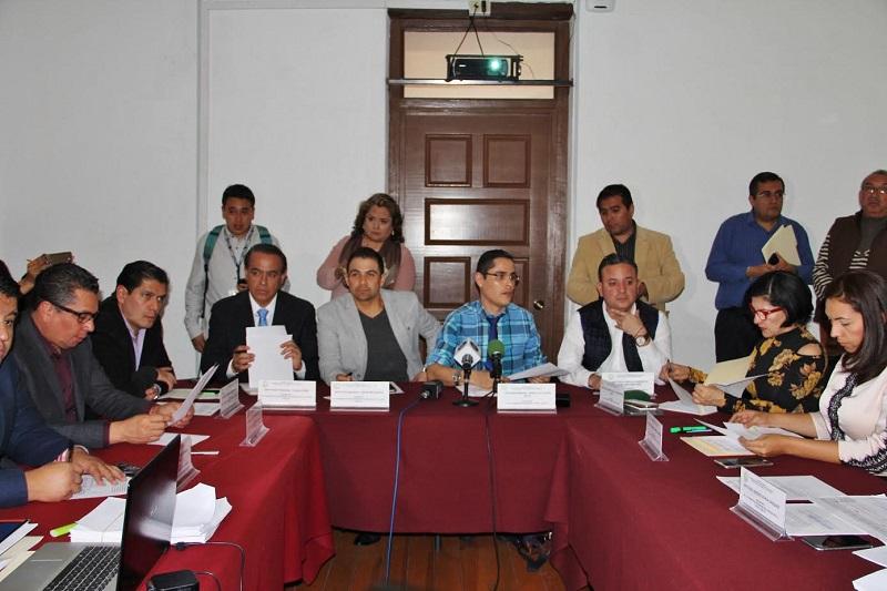 En este contexto, los parlamentarios coincidieron en que es necesario analizar a fondo, conocer los escenarios presentes y futuros, para tomar la mejor decisión en beneficio de los michoacanos