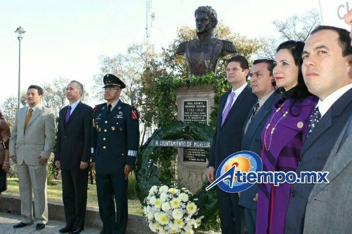 Previo a esta Ceremonia Cívica se conmemoró el CLXXXVI Aniversario Luctuoso del General Vicente Ramón Guerrero Saldaña con el Izamiento de Bandera Nacional en la Plaza Morelos, en la cual estuvo el Presidente Municipal