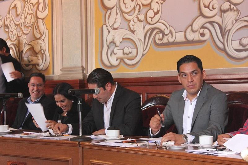 Además, Osvaldo Ruiz solicitó la comparecencia del comisionado de Seguridad Pública ante las quejas reportadas