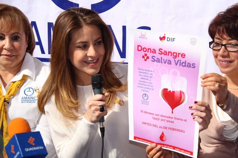 """Delgadillo de Martínez añadió que """"conscientes de esta dificultad sumaremos nuestro esfuerzo para llamar a la ciudadanía a donar sangre el día 22 de febrero, que es el día que el Banco de Sangre nos reservó para que acudan las personas interesadas en apoyar esta causa"""""""