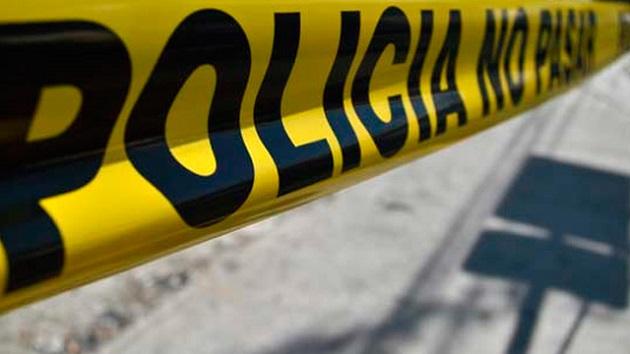 Al lugar arribaron elementos de la Policía Michoacán para acordonar la zona, así como agentes de la UEEC de la PGJE para iniciar la carpeta de investigación correspondiente (FOTO: ARCHIVO)