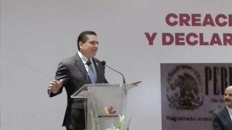 El mandatario michoacano informó que durante su administración se han pagado ya 150 millones de pesos del adeudo y se comprometió a que el total será saldado, además resaltó que durante su estancia en el poder estatal, no se ha quedado a deber en el rubro de pensiones