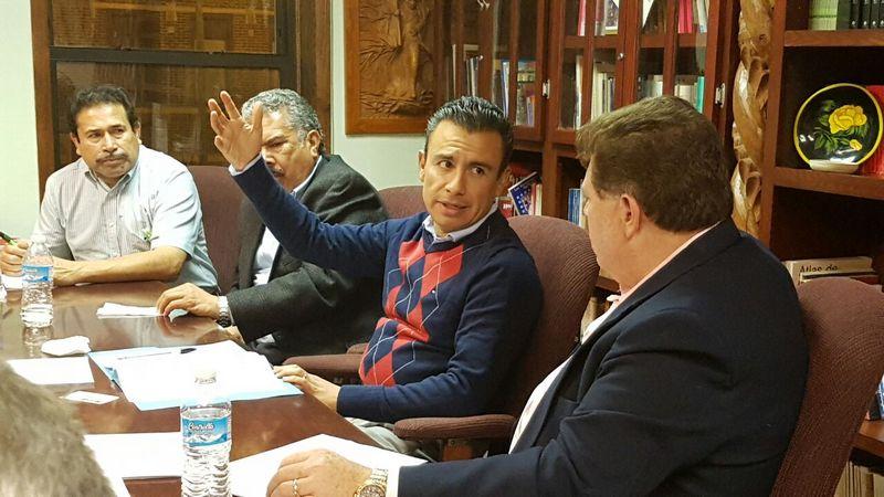 A los planteamientos vertidos Calderón Torreblanca respondió que será portavoz de los mismos ante las instancias correspondiente