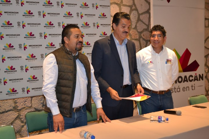 Luna García clausuró el evento y felicitó al director general del recinto faunístico moreliano por su compromiso y labor que desempeña dentro de la institución