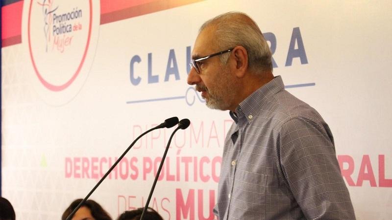 """""""La ratificación de la militancia no sólo es vital para el proceso electoral de 2018, también es una forma de transparentar el listado nominal y garantizar la participación democrática al interior del partido"""", sentenció Vega Casillas"""