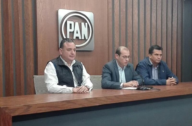 José Manuel Hinojosa Pérez señaló que la propuesta del ejecutivo generaría una carga aún más pesada para los michoacanos durante los próximos 25 años, pues terminaría de pagarse hasta el año 2042