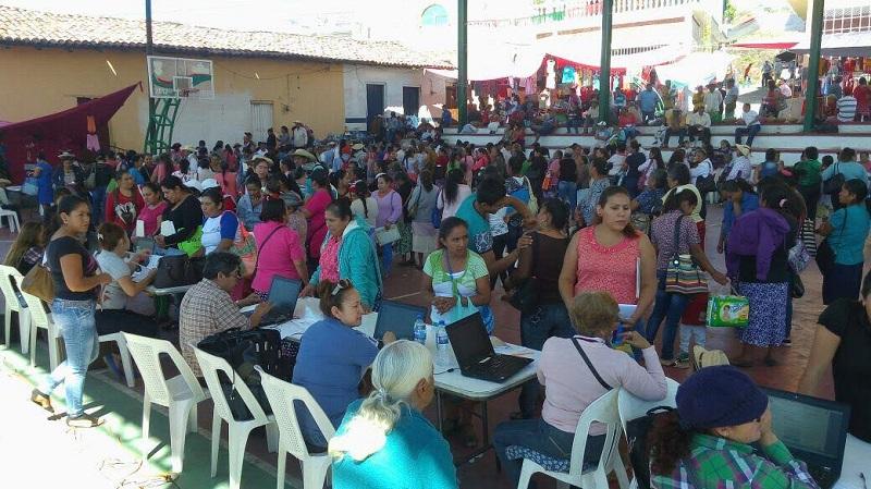 Se incorporan 824 beneficiarios al Programa de Abasto Social de Leche