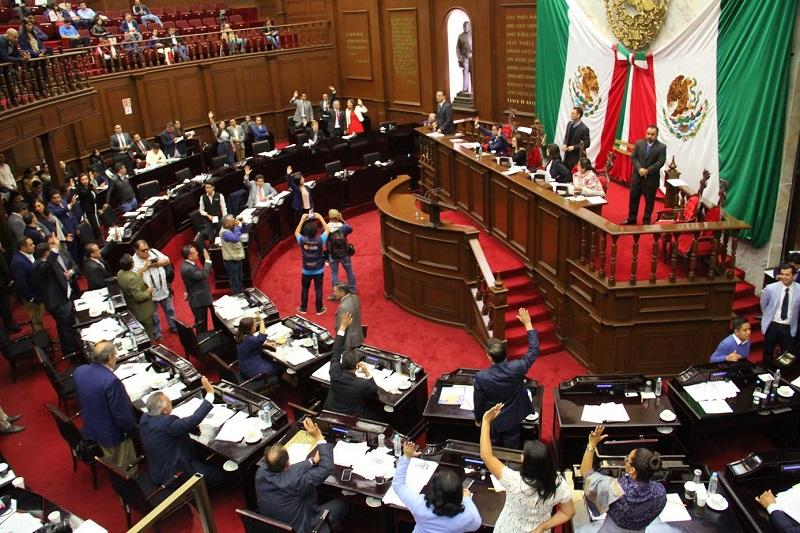 Entre ellos los presentados por las comisiones de Hacienda y Deuda Pública, y de Programación, Presupuesto y Cuenta Pública del Congreso del Estado de Michoacán, respectivamente