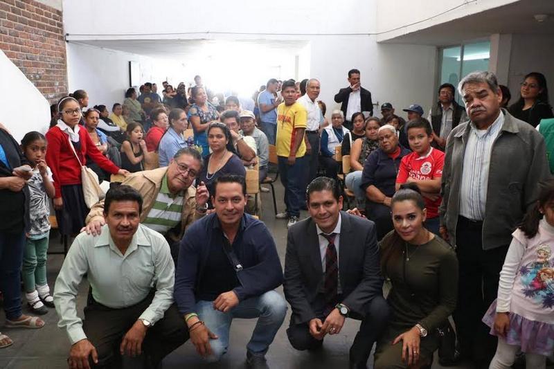 Ernesto Núñez, estuvo acompañado del secretario general del Partido Verde ecologista en el Estado, Jonathan Sanata Gonzáles y la presidenta del Partido Verde en la ciudad de Morelia Dirvana Aguirre