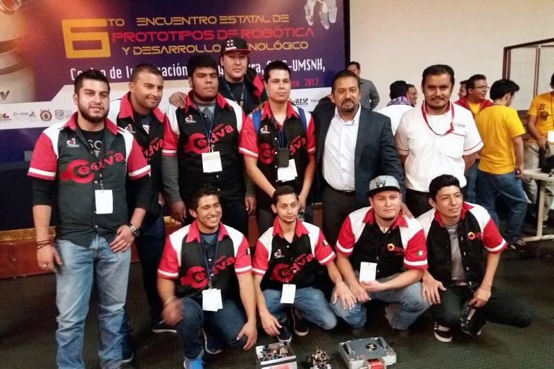 En total participaron 188 equipos de todo el estado en las competencias de robots y talleres