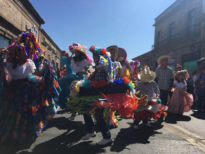 La administración que encabeza el alcalde, Alfonso Martínez Alcázar, reitera su compromiso de seguir fomentando las tradiciones y cultura, así como la convivencia familiar de los morelianos
