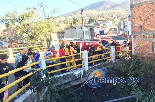 La emergencia fue atendida por Bomberos de Zacapu y una ambulancia de Protección Civil Municipal de Villa Jiménez (FOTOS: FRANCISCO ALBERTO SOTOMAYOR)