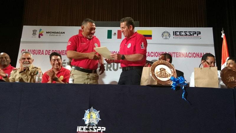 De este modo, la tarde de este viernes se llevó a cabo la Clausura de este primer ciclo de conferencias y capacitaciones internacionales México- Perú- Colombia