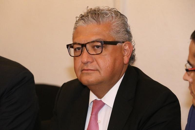 La Ley de Disciplina Financiera impone que los proyectos de reestructura de los gobiernos, se contraten a través de un proceso competitivo y con el costo financiero más bajo, puntualiza el encargado de la política financiera de Michoacán