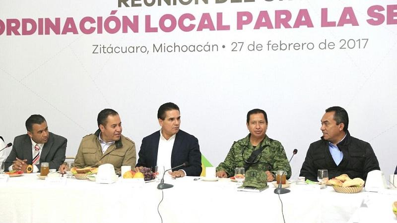 El mandatario michoacano enfatizó que en todas las regiones de la entidad se mantiene una revisión permanente de las acciones preventivas y de combate a la violencia y la delincuencia
