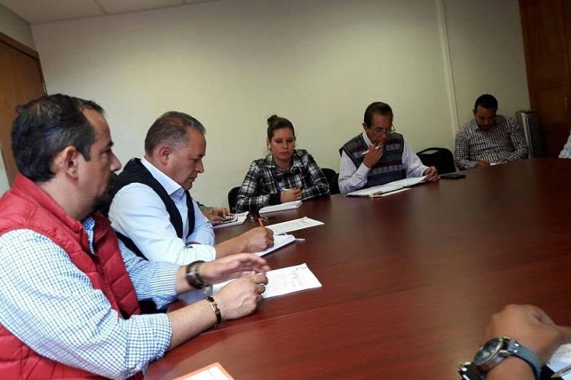 """""""Ya está agendada la siguiente reunión donde estaremos nuevamente con las comunidades, el director general y autoridades de las Subsecretaría Media Superior para la revisión de requisitos que justifiquen técnicamente los centros; ya dimos varios pasos"""": Hernández Paz"""