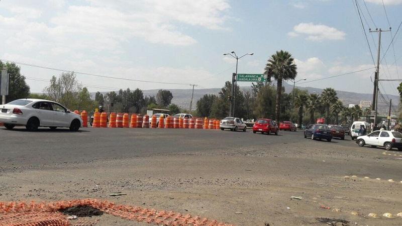 Las autoridades encargadas del funcionamiento de los semáforos, están analizando la posibilidad de dejar las cosas tal y como están y así permitir que la circulación fluya de manera aceptable