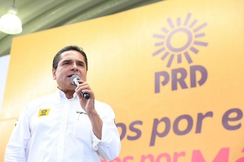 El jefe del Poder Ejecutivo en Michoacán dirigió un mensaje desde esta entidad y refrendó su compromiso con el proyecto político del PRD